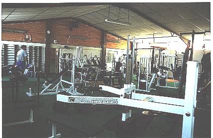 La Salle De Musculation A Une Surface De 150 M2